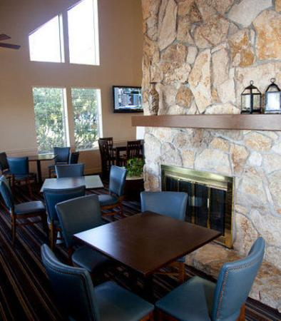 Lynnwood, WA: Gatehouse Dining Area