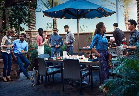 Placentia, CA: Off the Grill - Residence Inn Mix