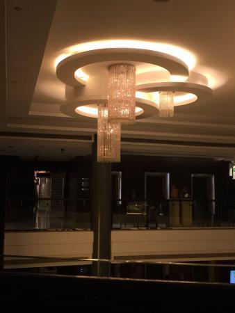 Sankara Nairobi: Reception ceiling