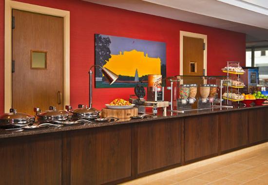 Bethesda, MD: Breakfast Buffet