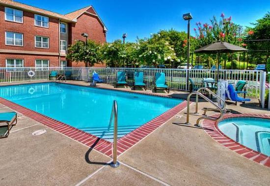 Germantown, Τενεσί: Outdoor Pool