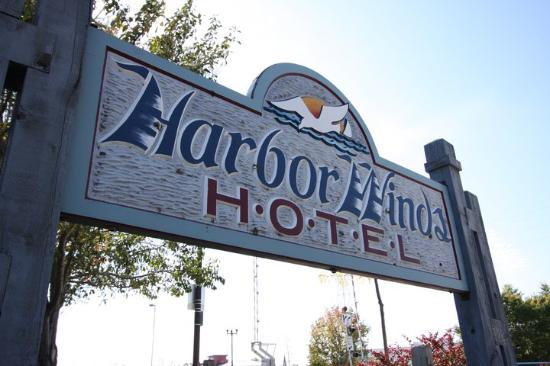 Harbor Winds: Welcome Sign