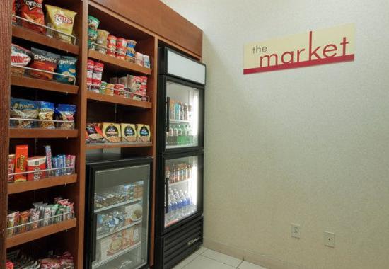 Palmdale, CA: The Market