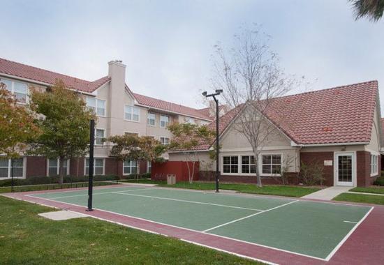 Palmdale, Kalifornien: Sport Court®