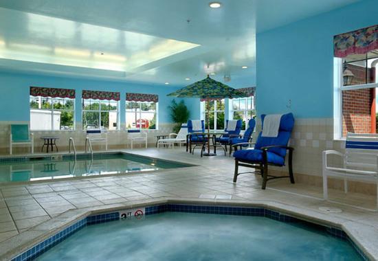 Brockton, MA: Indoor Whirlpool