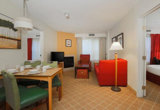 เซเลม, ออริกอน: Two-Bedroom Suite
