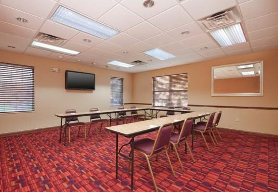 West Springfield, MA: Meeting Room