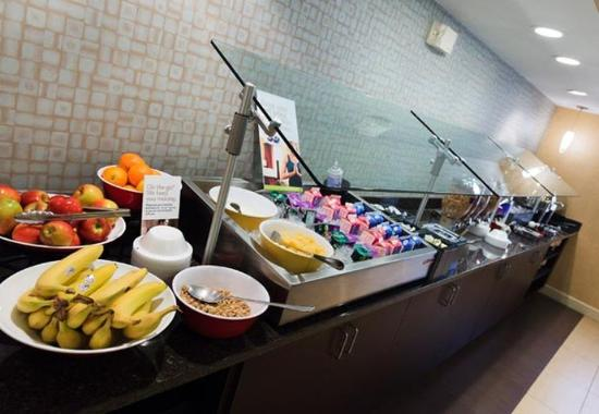 Beavercreek, OH: Breakfast Bar