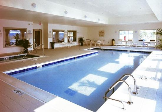 Warrenville, IL: Indoor Pool