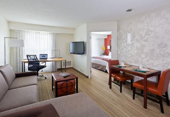 Canton, OH: One-Bedroom Suite Living Area