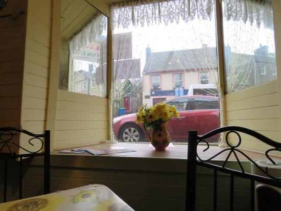 Linlithgow, UK: window seat