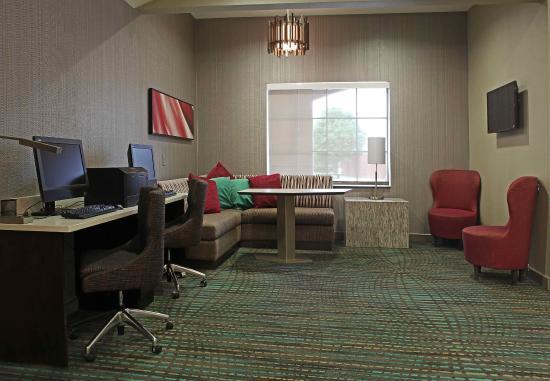 Temple, TX: Business Center