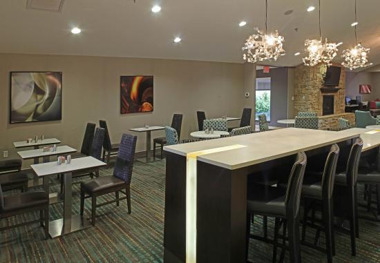 Temple, Teksas: Breakfast Seating Area