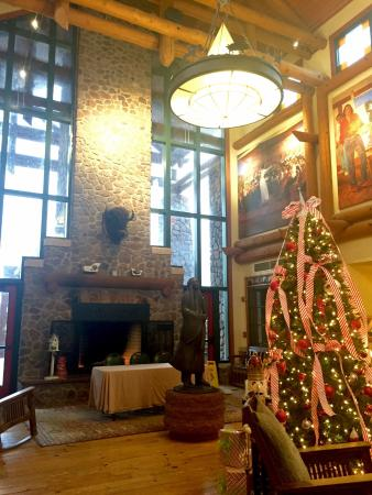 Lone Wolf, OK : Front Lobby