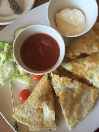 Lone Wolf, OK: Chicken Quesadilla