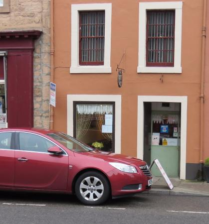 Linlithgow, UK: front of Cafe