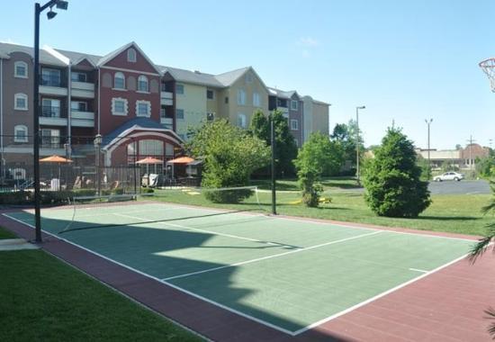 Joplin, MO: Sport Court
