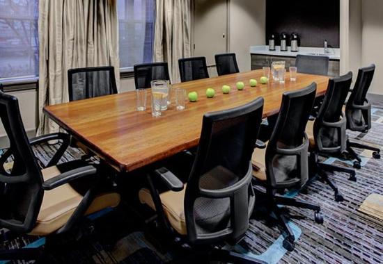 Residence Inn Cleveland Beachwood: Chagrin Boardroom
