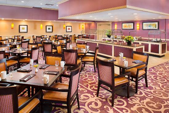 Doubletree by Hilton Hotel New Orleans Airport: Food Outlet