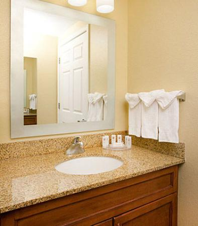 Milpitas, Califórnia: Guest Bathroom