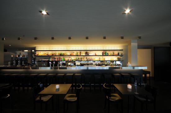 Nidau, Szwajcaria: Bar