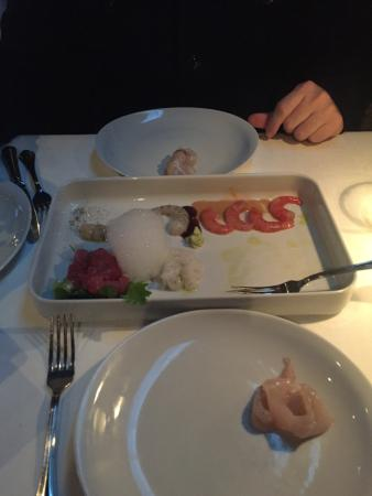 Misto crudo n. 137 manca il salmone affumicato che fa sempre parte dell'antipasto