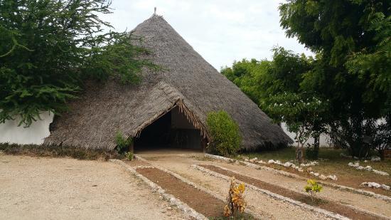 Makunduchi, Tanzánia: парковка для велосипедов)))