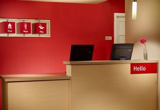 TownePlace Suites Atlanta Norcross: Lobby
