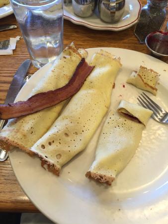 Edina, MN : Swedish pancakes filled with lingon berries.