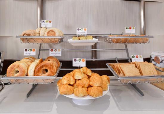 Arcadia, Californien: Breakfast Buffet Details