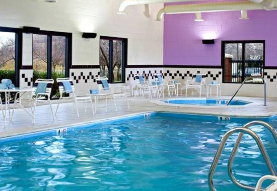 Gaithersburg, MD : Indoor Pool