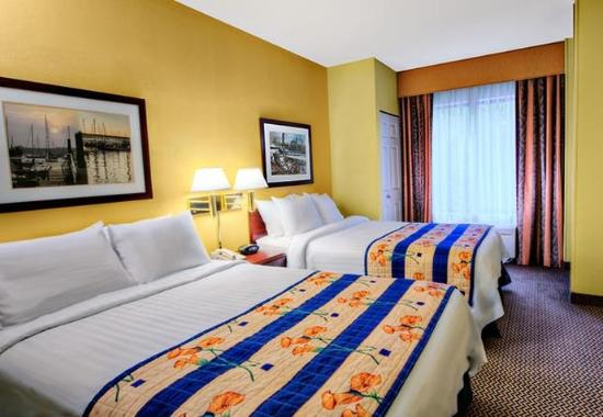 Milford, CT: Double/Double Suite Sleeping Area