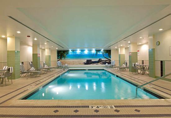 Rosemont, IL: Indoor Pool