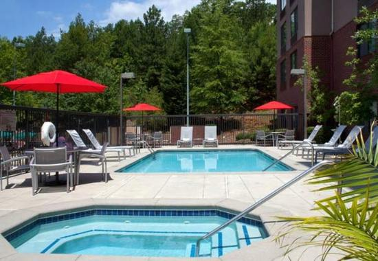 SpringHill Suites Atlanta Buford/Mall of Georgia: Outdoor Pool