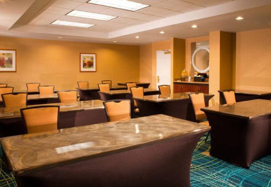 SpringHill Suites Atlanta Buford/Mall of Georgia: Meeting Room- Classroom Set Up