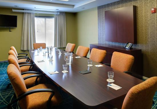 Terre Haute, IN: Meeting Room