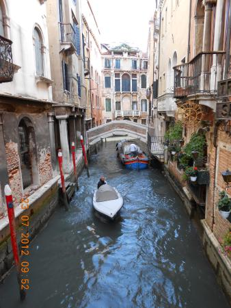 Veneto, Italy: Tutejšyja žychary da svaich gankaŭ padpłyvajuć…