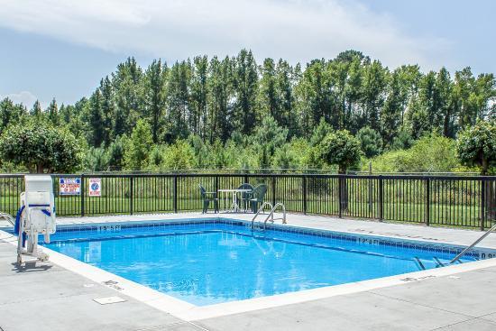 Dunn, Carolina del Norte: Pool