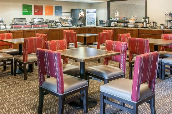 Bluffton, OH: Breakfast area