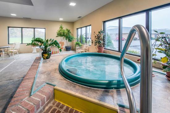 Duncansville, Pensylwania: Hot tub