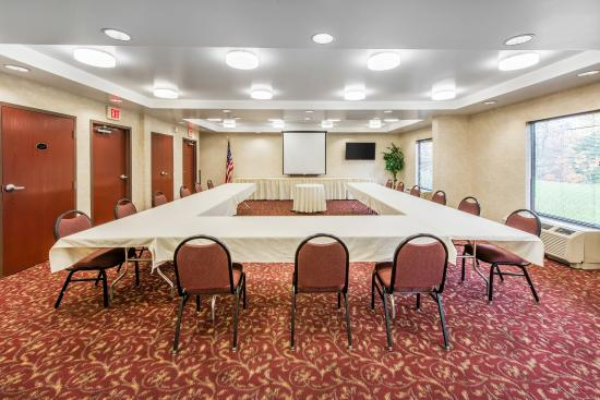 Duncansville, PA: Meeting room