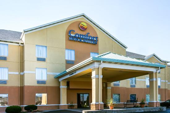 代頓康福特旅館&套房酒店