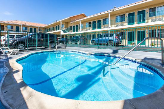 Comfort Inn Beach/Boardwalk Area: Pool