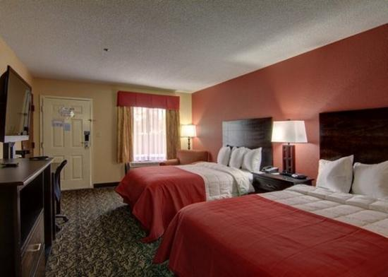 Griffin, GA: guest room