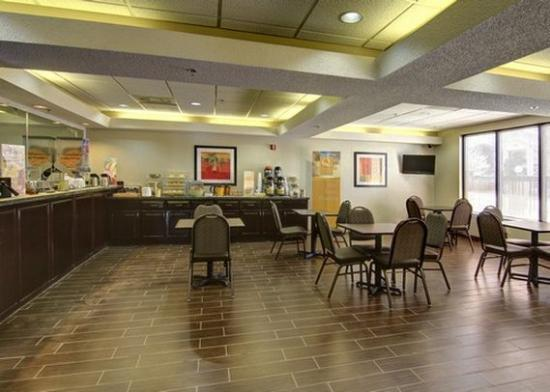 Griffin, GA: breakfast area
