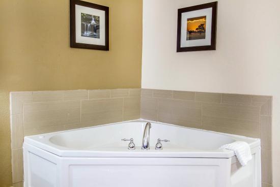 Poplar Bluff, MO: Guest room