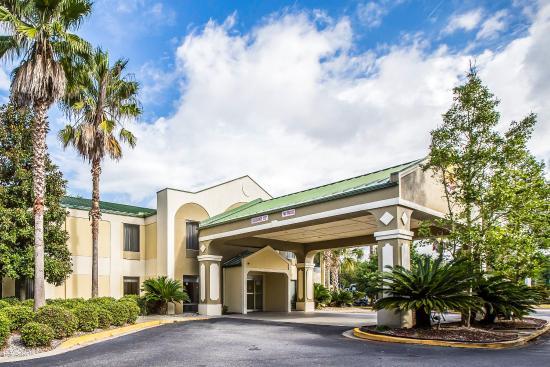 Photo of Comfort Inn Darien