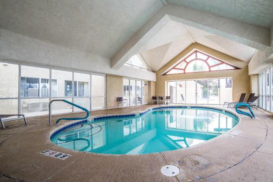 Layton, UT: Pool