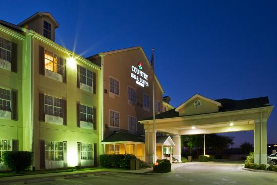Round Rock, TX: CountryInn&Suites RoundRock  ExteriorNight