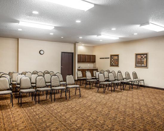 Cedar Falls, IA: Meeting